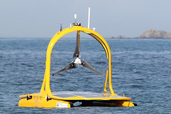 C-Enduro vehicle sets off Credit: National Oceanography Centre